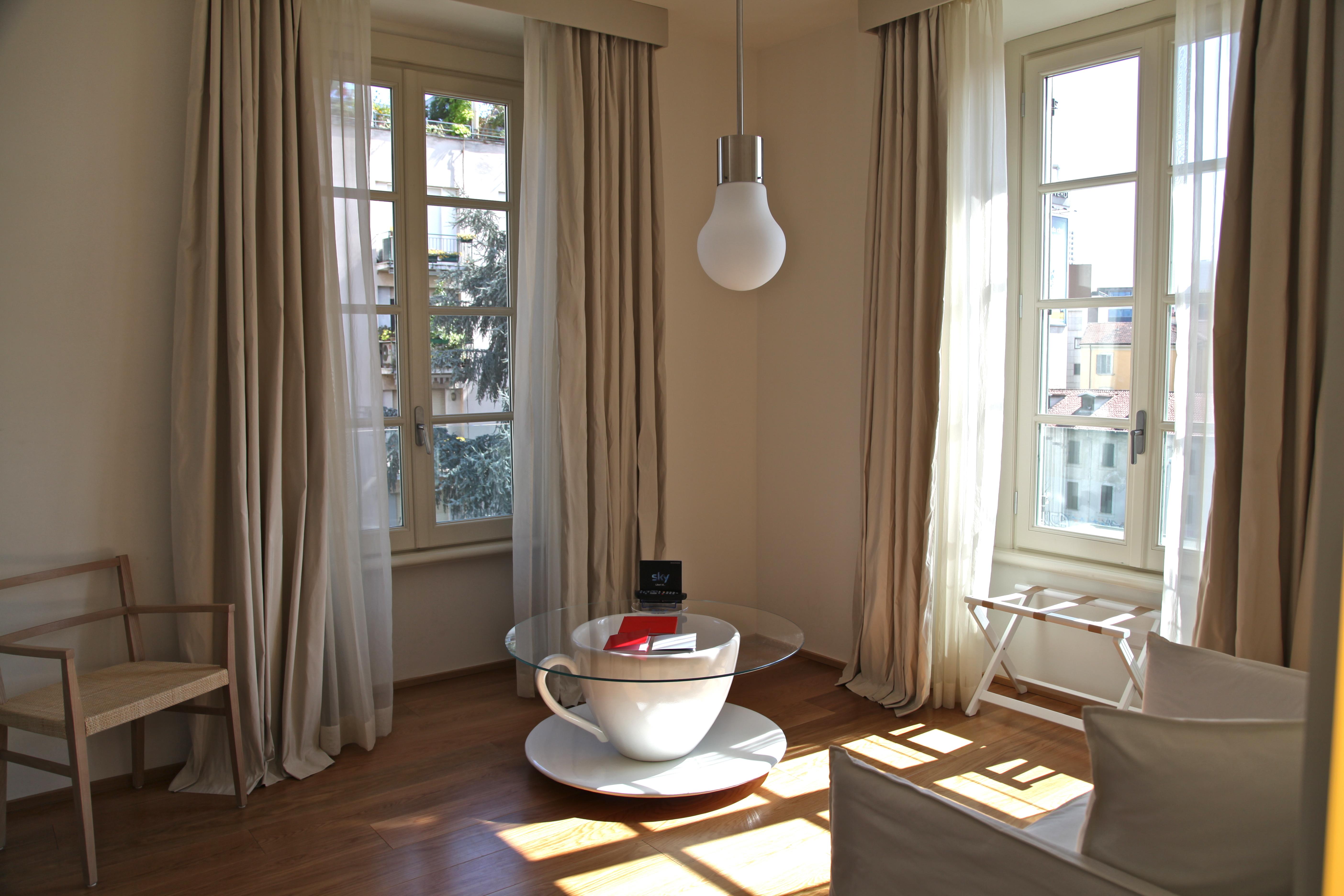 Maison Moschino Milan Silencio Hotel Luxe Salon
