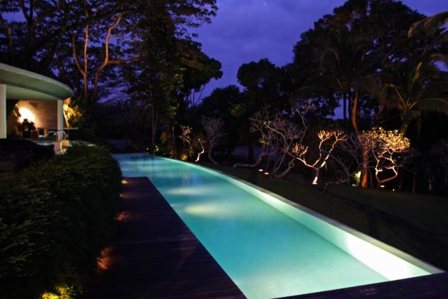 Como-Shambhala-Estate-Ubud-Bali-Silencio-Hotels-Luxe-pool-night