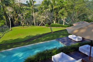 Como-Shambhala-Estate-Ubud-Bali-Silencio-Hotels-Luxe-retreat-villa-main-pool