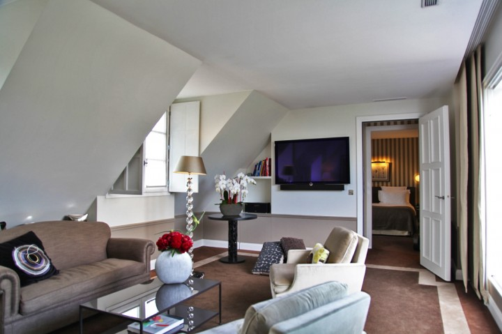 Jf partageraient appartement h tel le burgundy paris for Appart hotel paris 7eme