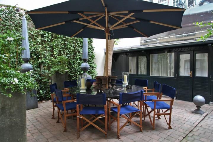 Hotel-717-Amsterdam-Silencio-patio
