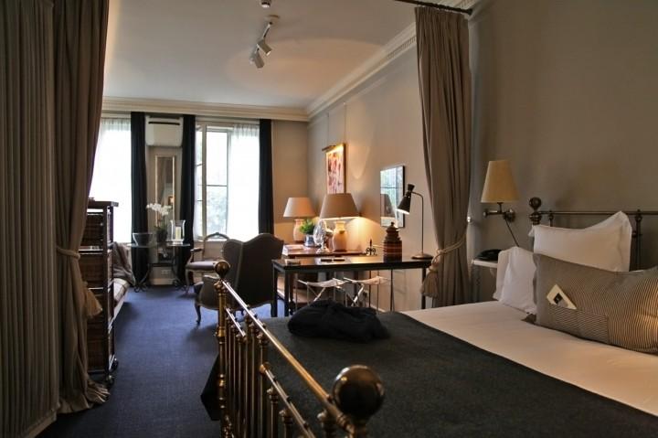Hotel-717-Amsterdam-Silencio-suite-shakespeare-1