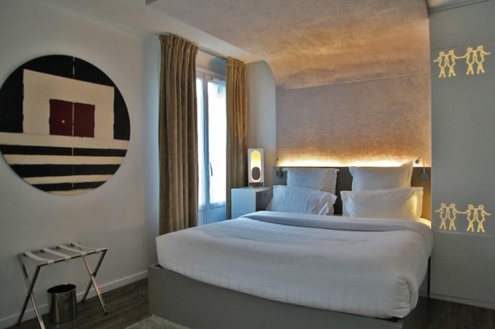 Hotel-Gabriel-Marais-Paris-Silencio-Chambre-Glowing