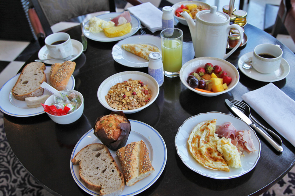 Trianon-Palace-Versailles-Pack-5-Sens-Breakfast