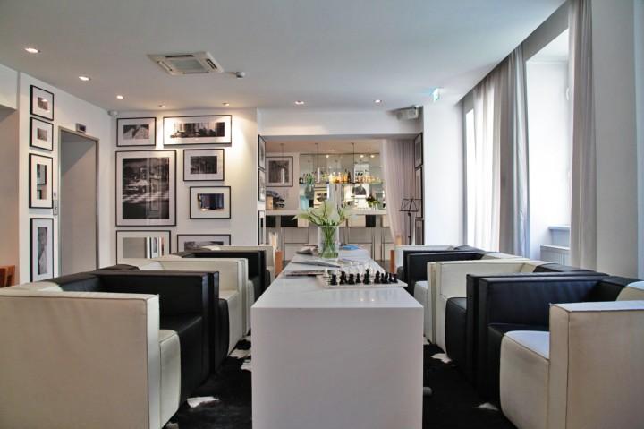 Hotel-Sir-FK-Savigny-Berlin-Silencio-lobby