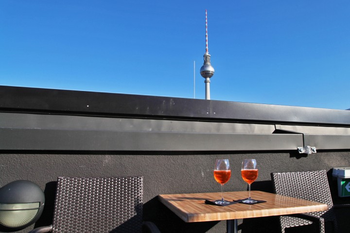 Hotel-The-Weinmeister-Berlin-Silencio-drinks-rooftop