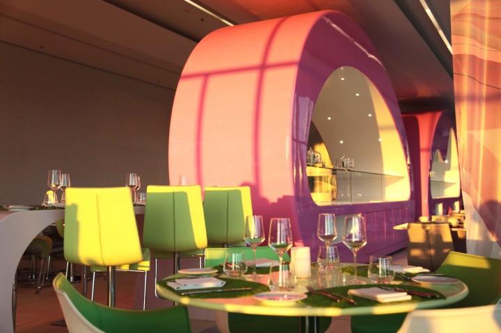 Nhow-Hotel-Berlin-restaurant-fabrics-Silencio-salle