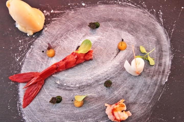 Restaurant-Maremoto-Berlin-Silencio-01-gambas-roja