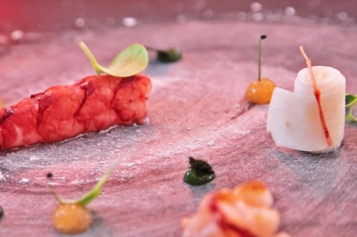 Restaurant-Maremoto-Berlin-Silencio-02-gambas-roja