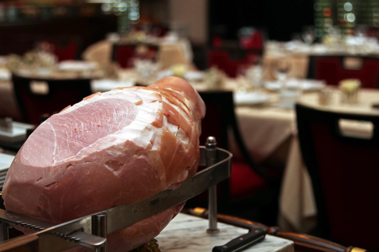 Brunch hotel lutetia paris silencio buffet jambon silencio - Brasserie lutetia menu ...