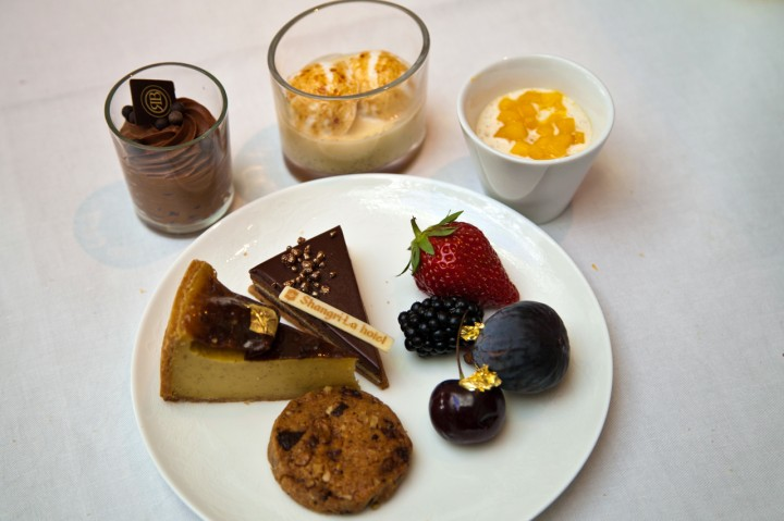 Brunch-Shangri-La-Paris-Silencio-assiette-desserts