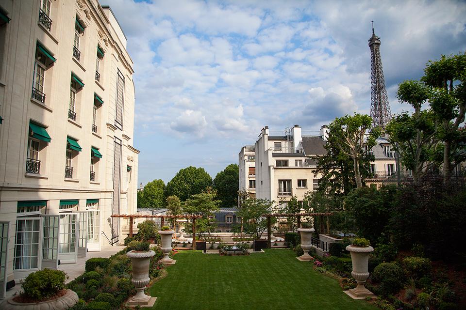 Le Shangri La Paris A Inaugur Sa Nouvelle Aile Jardin