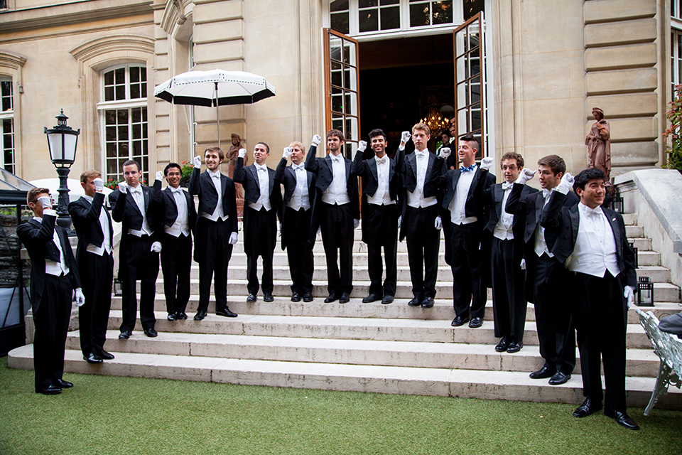 Saint-James-Paris-Bar-Champagne-Taittinger-Silencio-The Whiffenpoofs of 2013-02