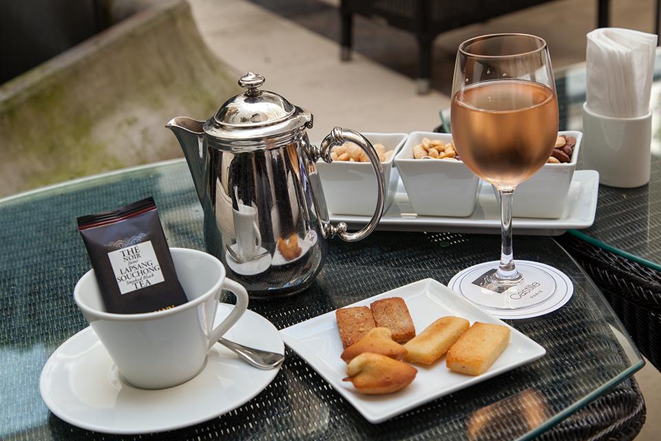 Hotel-Castille-Paris-Silencio-verres