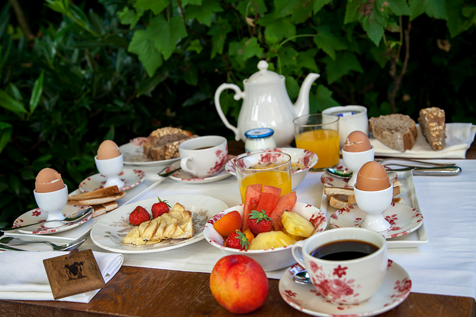 Mercredi 6 mai Les-Etangs-De-Corot-Silencio-breakfast%2001