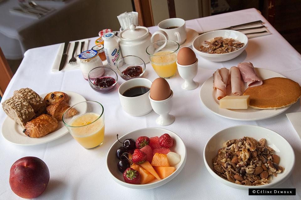 Residence-Vieux-Port-Marseille-Silencio-breakfast