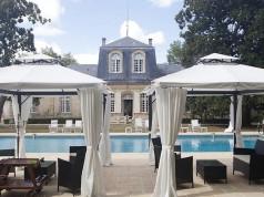 Piscine-Chateau-Saint-Aignan-Saint-Loubes-Hotel-silencio