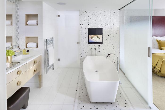 salle-de-bain-mandarin-oriental-paris-silencio - Silencio