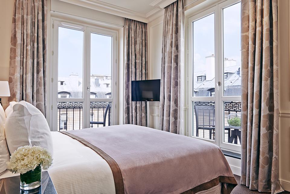 La suite panoramique du grand h tel du palais royal paris for Hotel design 75003