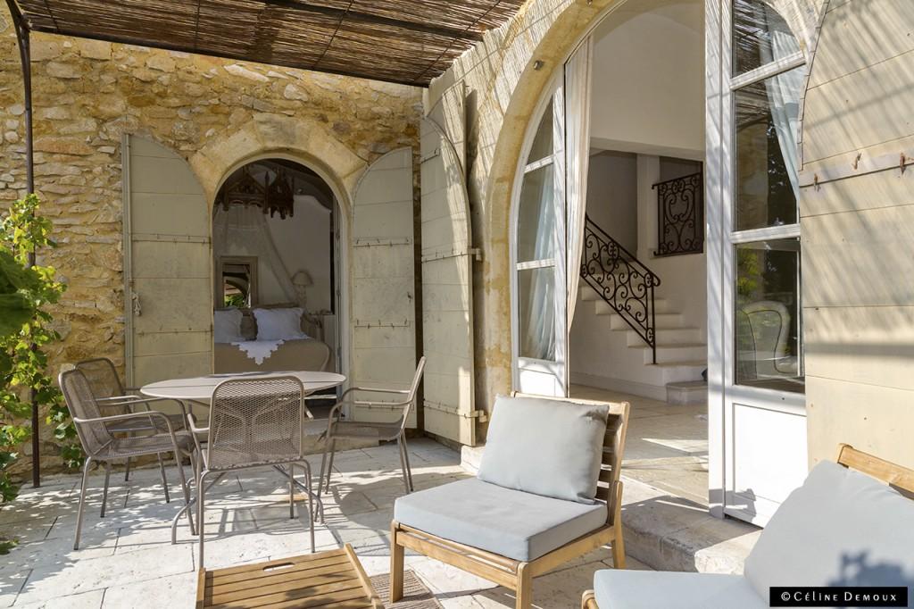 Hotel-Le hameau-des-Baux-Paradou-Silencio-terrasse 01