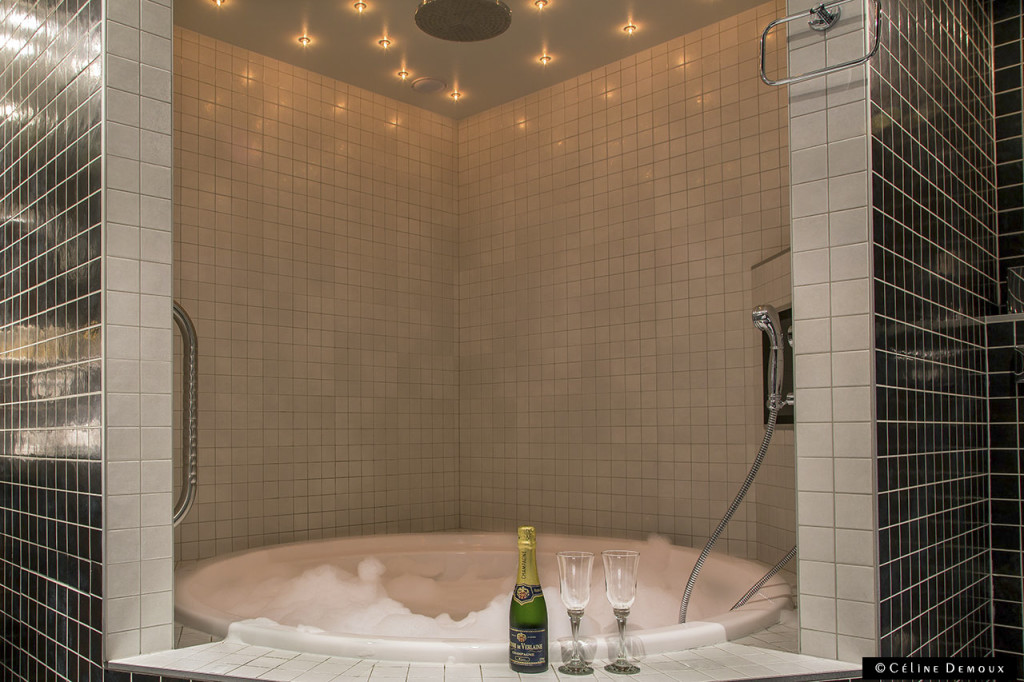 Mainstreet-Hotel-Ypres-Suite Atelier-Silencio-Jacuzzi