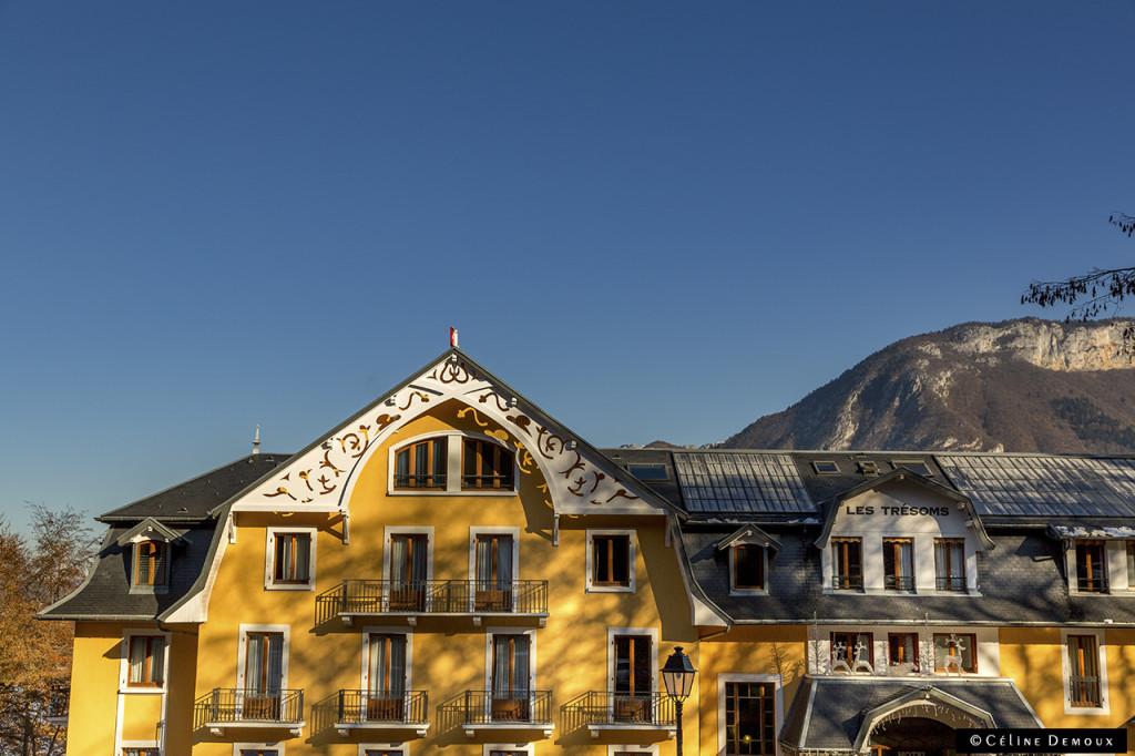 Hotel-Les-Tresoms-Annecy-Silencio-facade
