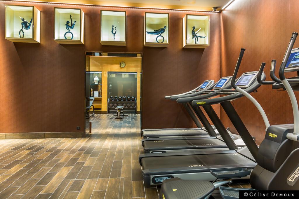 salle de sport particulier gym salle de sport domicile votre truc salle de sport particulier. Black Bedroom Furniture Sets. Home Design Ideas