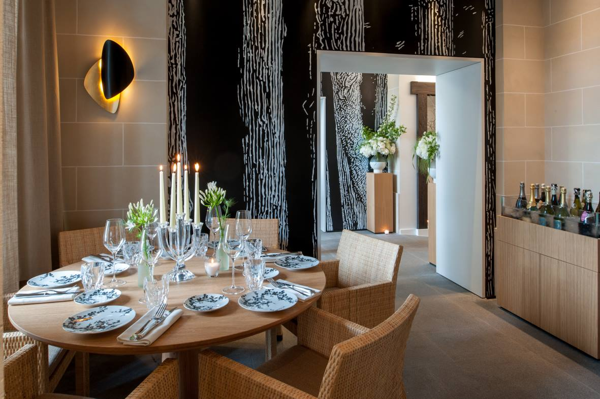 4 raisons de r server au restaurant du palais royal silencio. Black Bedroom Furniture Sets. Home Design Ideas