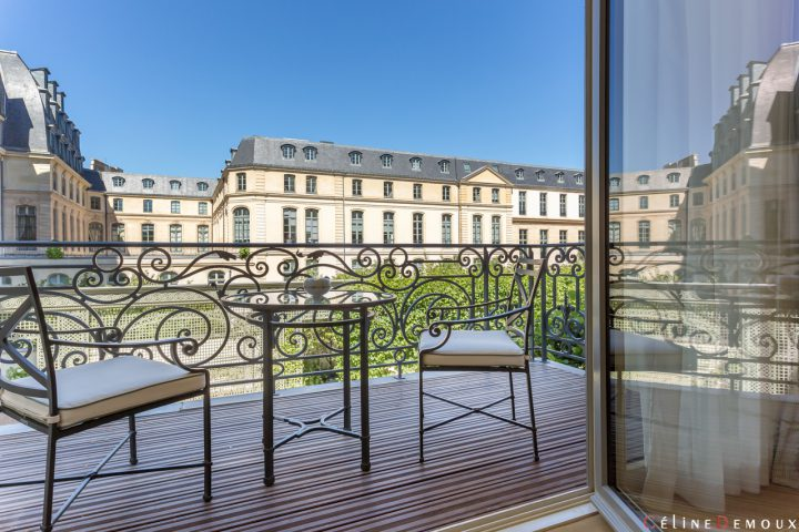 Hotel-Ritz-Paris-Grand-Deluxe-Room-Silencio-balcon-03