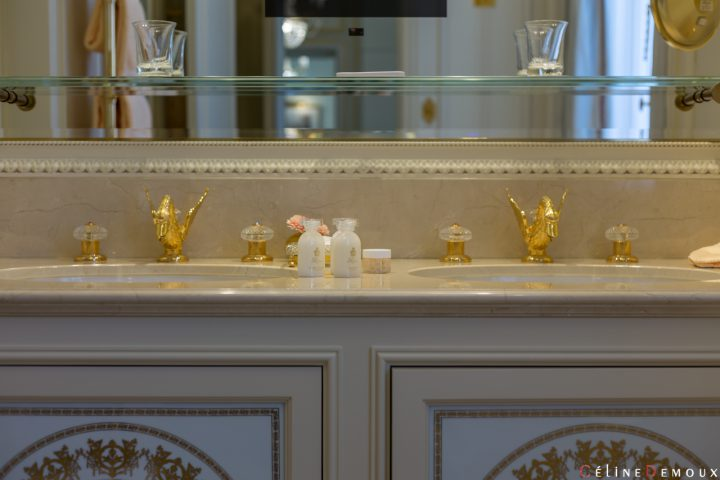 Hotel-Ritz-Paris-Grand-Deluxe-Room-Silencio-bathroom-15
