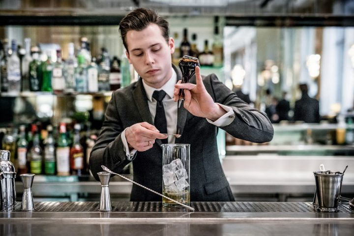chef-barman-florian-thireau-hotel-prince-de-galles-paris-silencio