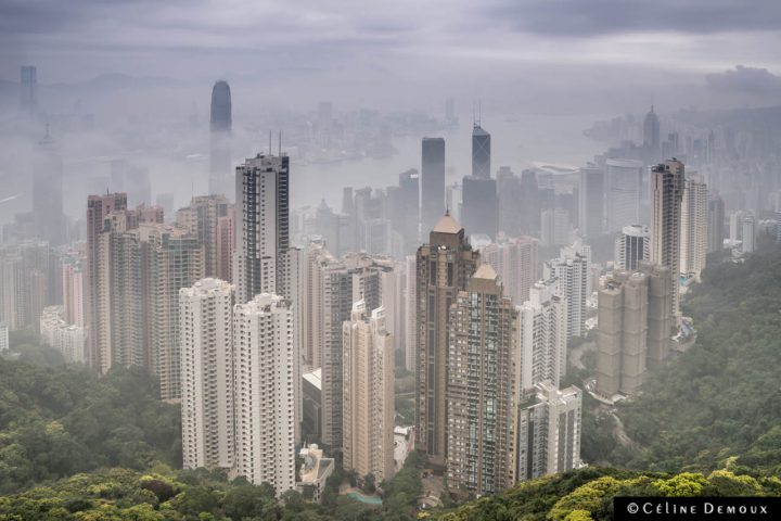 Hong Kong-peak-cloudy-Silencio