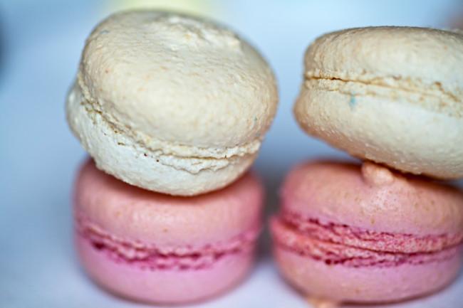 Restaurant-Arpege-Alain-Passard-Paris-Silencio-macarons 01