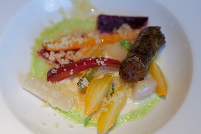 Restaurant-Arpege-Alain-Passard-silencio-merguez vegetale 01