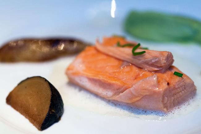 Restaurant-Arpege-Alain-Passard-silencio-saumon 03