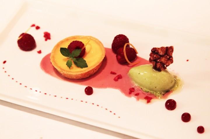 Hotel-Brandenburger-Hof-Berlin-Silencio-restaurant-Die-Quadriga-dessert