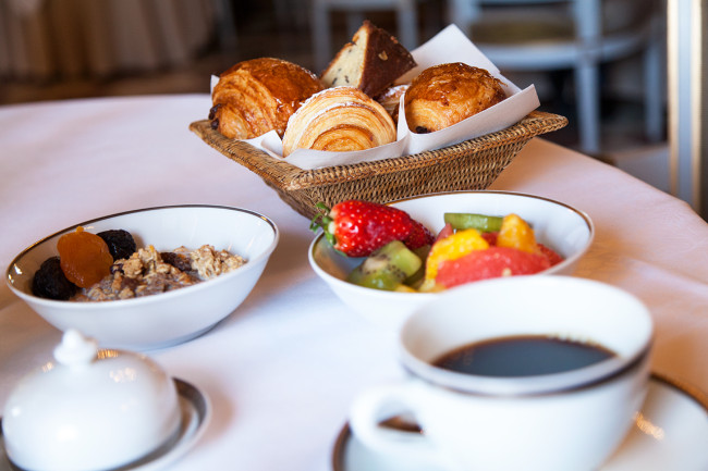 Hotel-de-Crillon-Paris-Pack-fermeture-Silencio-breakfast 04