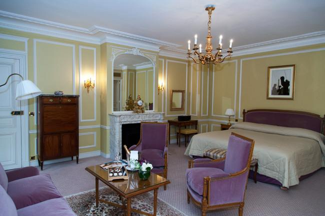 Hotel-de-Crillon-Paris-Pack-fermeture-Silencio-chambre executive 01