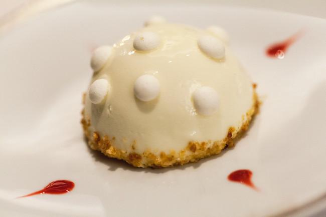Hotel-de-Crillon-restaurant-Obe-Silencio-tarte citron meringuee 01