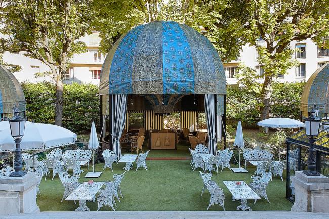 Restaurant-Hotel-Saint-James-Virginie-Basselot-Paris-jardin